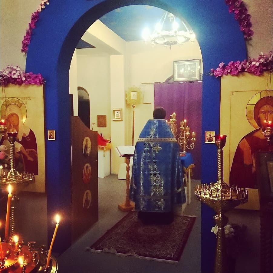 Всенощное бдение накануне Покрова Пресвятой Богородицы