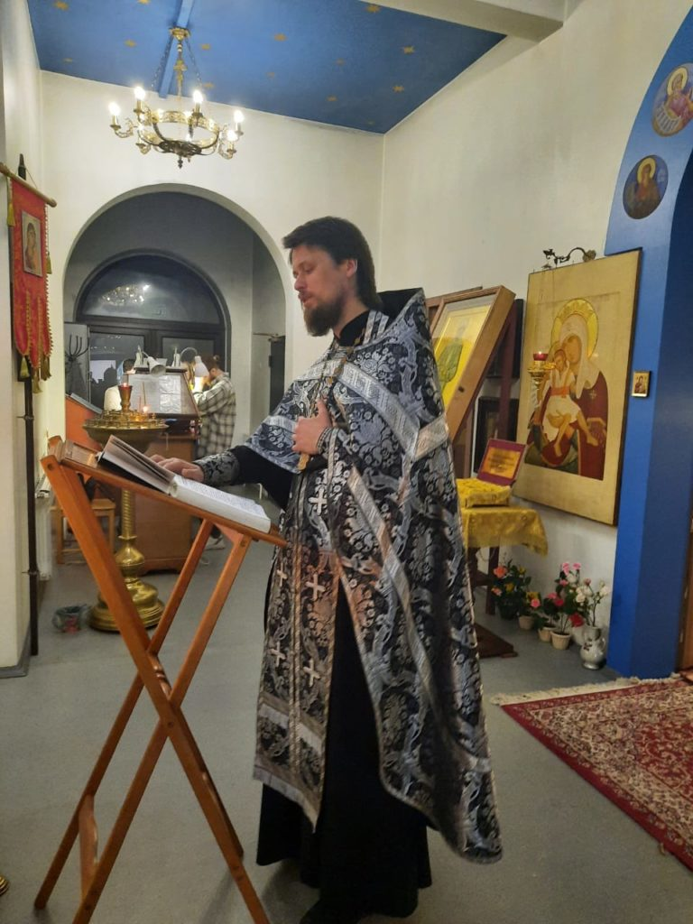 Чтение Великого покаянного канона прп. Андрея Критского