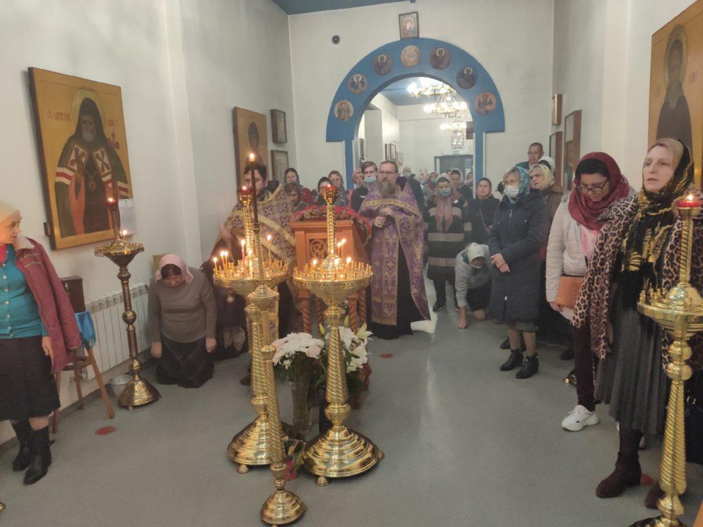 Канун Воздвижения Креста Господня, Всенощное бдение с литией 26.09