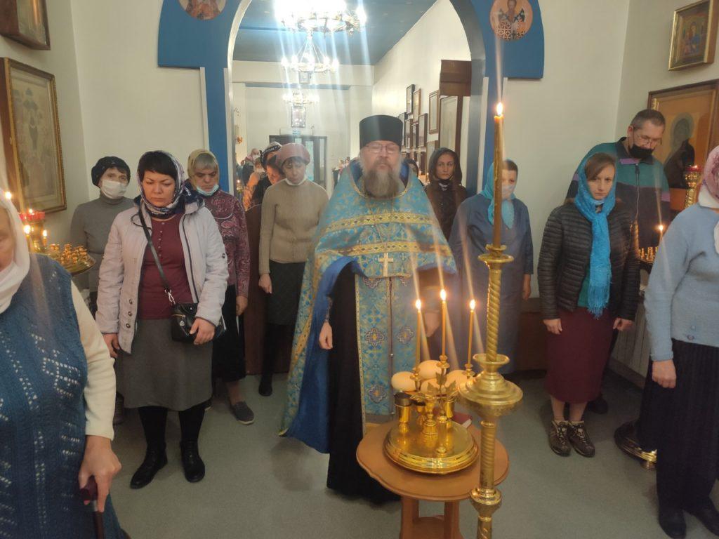 Всенощное бдение накануне праздника Покрова Пресвятой Богородицы (13.10)
